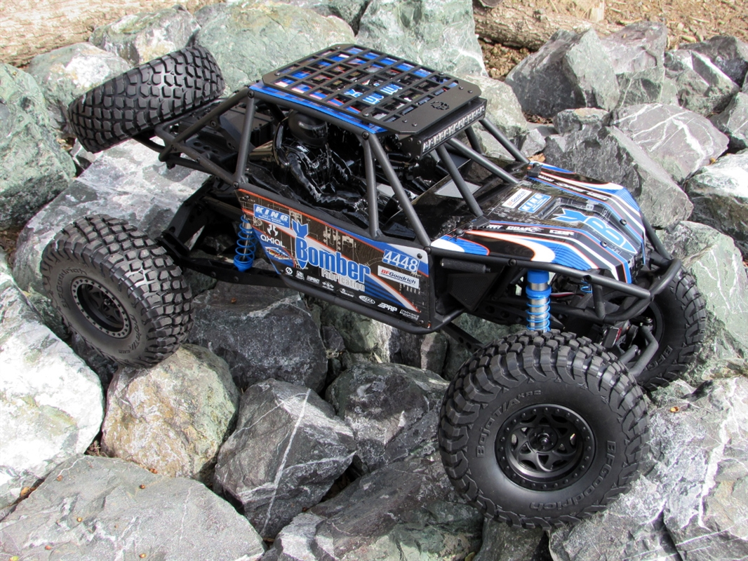 Gear Head Rc Axial Bomber White And Blue Trail Torch Plus